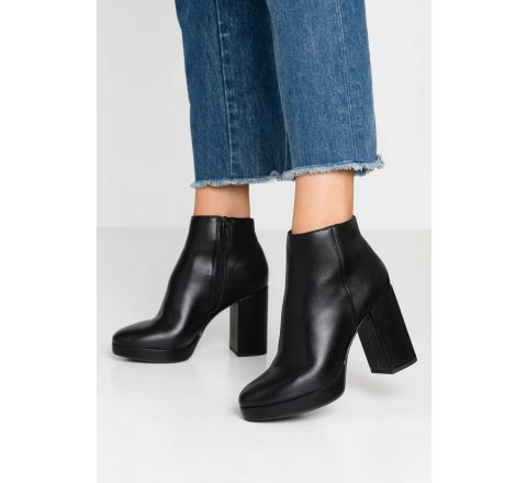 EX Store Cuba - High Heeled Ankle Boots