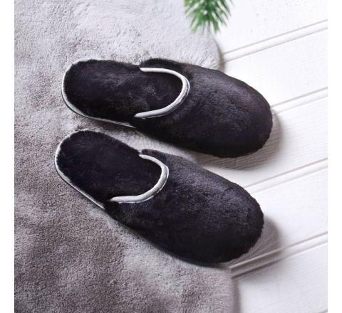 Avon Winona Fluffy Slipper - Black, Size 3/4
